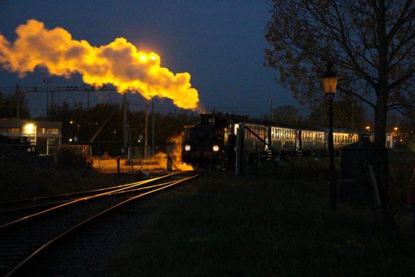 06-halloween-express-1